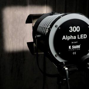 alpha_300_led_barndoor_cut_hr_centre-45c3d